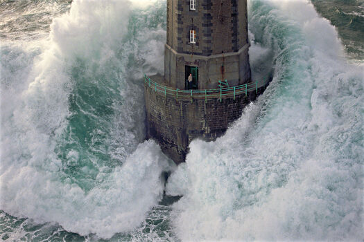 Photo Le phare de la Jument - Jean Guichard