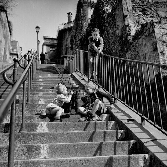 Photo Les escaliers de Montmartre - PHOTOGRAPHE ANONYME