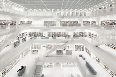 Bibliothek Stuttgart with Woman