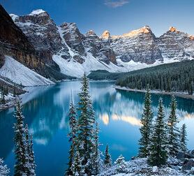 Photo Valley of the Ten Peaks - Adam Burton