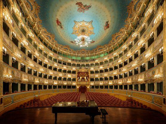 Photo Teatro la Fenice Venezia - Bernhard Hartmann