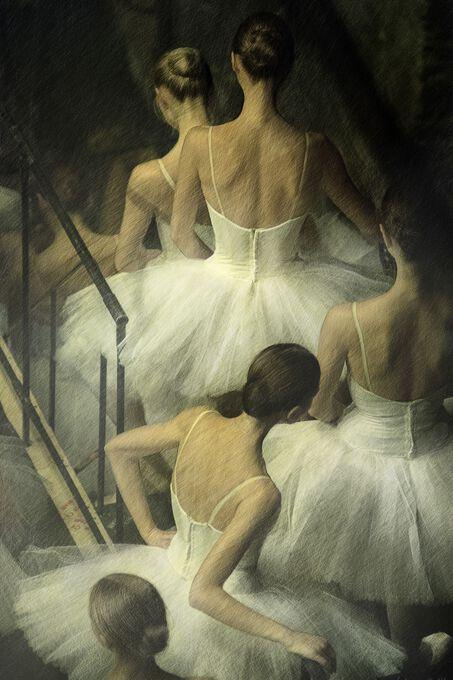 Photo Line of Ballerinas - Mark Olich