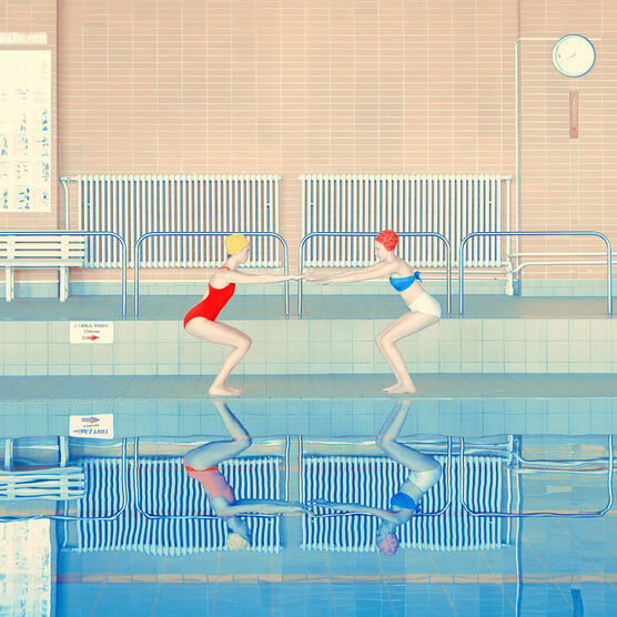 Photo TWO SWIMMERS - Maria Svarbova