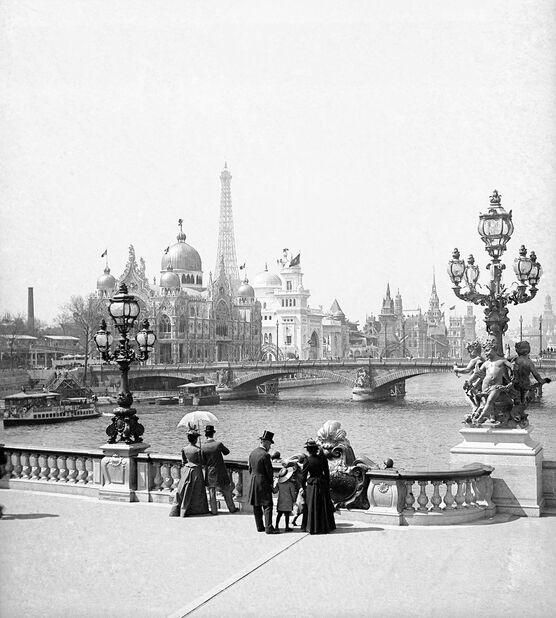 Photo Le Pont Alexandre III -  Léon et levy