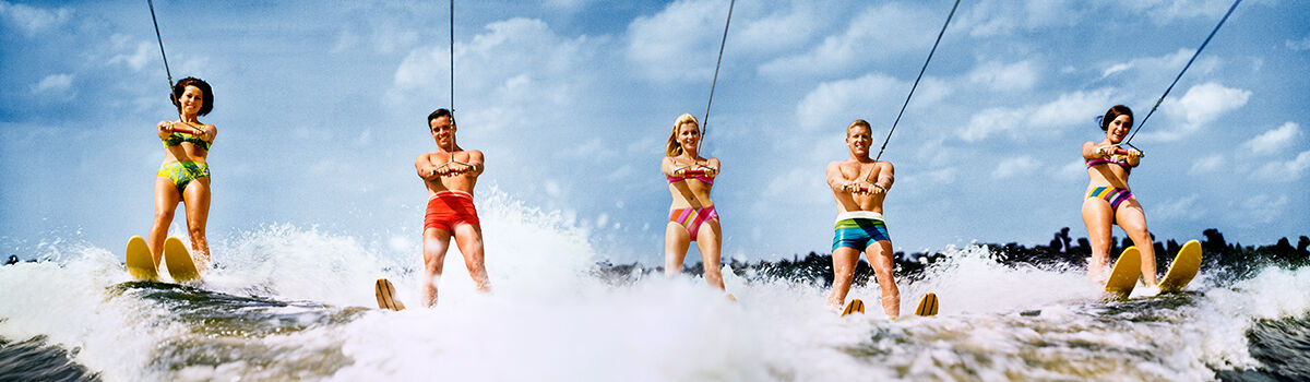 Photo WATER SKIERS 1968 - HANK MAYER - Colorama
