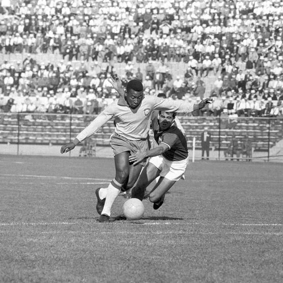 Photo PELÉ, CHILI 1962 - SPORTS PRESSE
