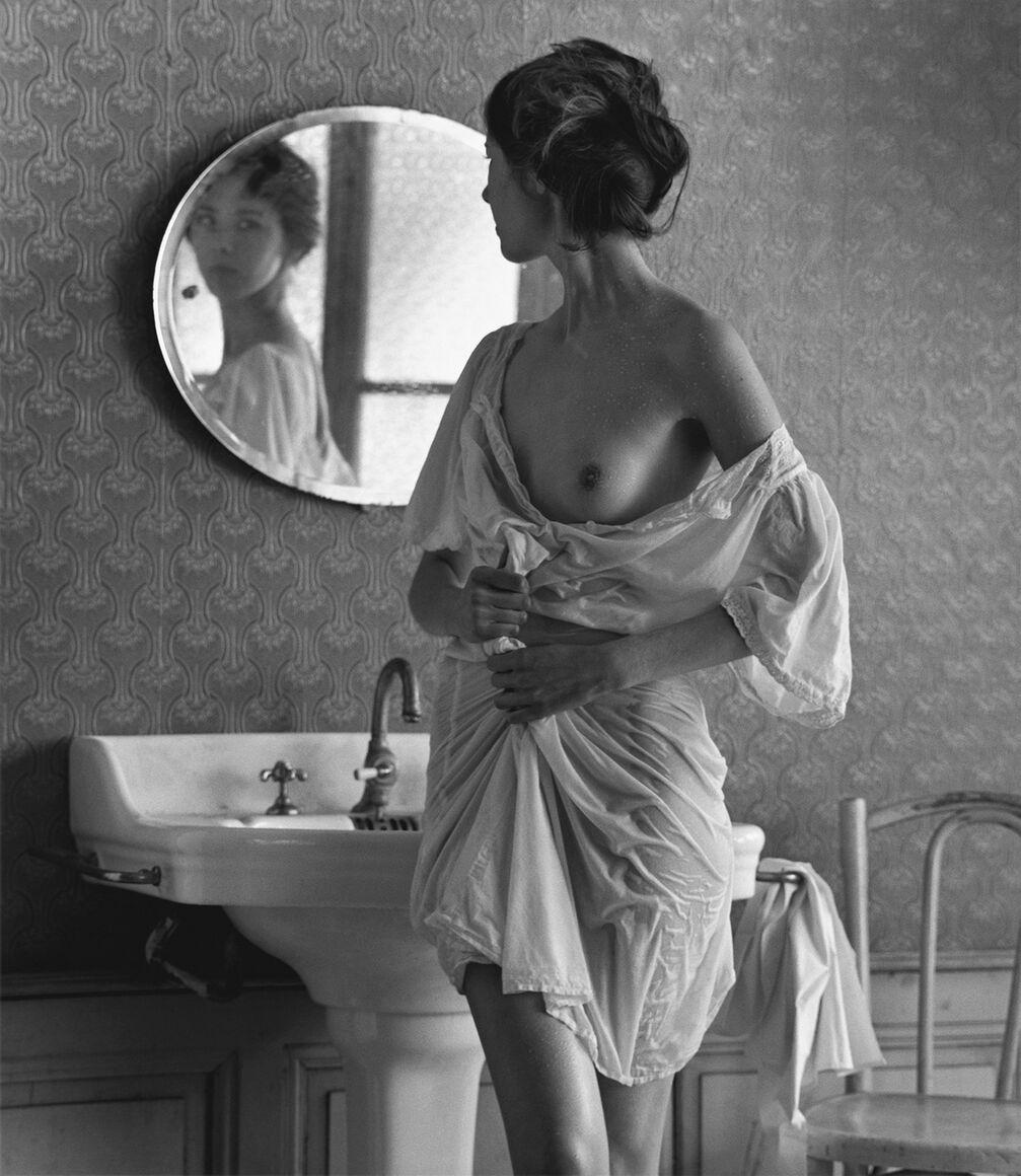 Photograph: La salle de bain, Christian Coigny · YellowKorner