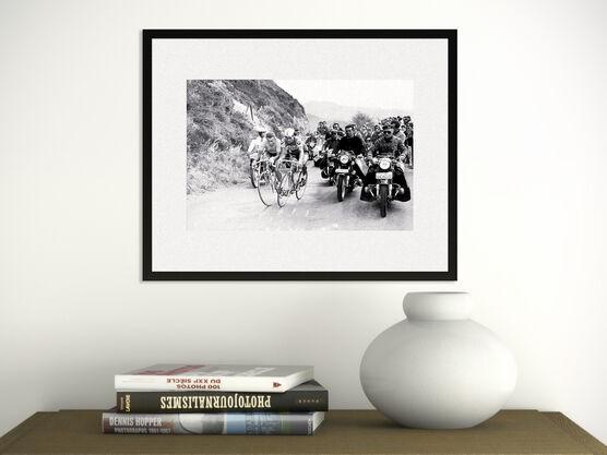 Photo Jacques Anquetil , Raymond Poulidor, 1964 - L'EQUIPE PRESSE SPORTS