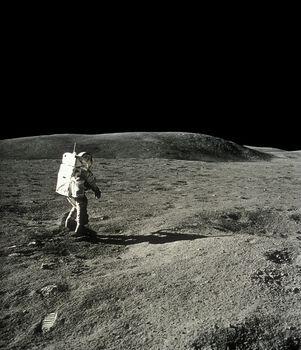 Photo Charles Duke, Apollo 16 - CIEL & ESPACE PHOTOS