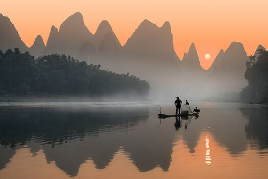 Photo FISHERMAN AND HIS BIRDS - Daniel Metz