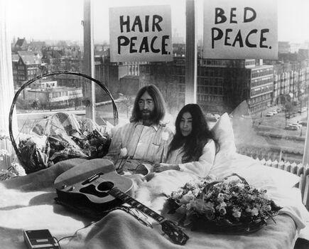 Photo Bed Peace - KEYSTONE AGENCY