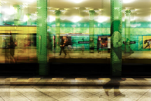 Photo Berlin Bahnhof Alexanderplatz - Laurent Dequick