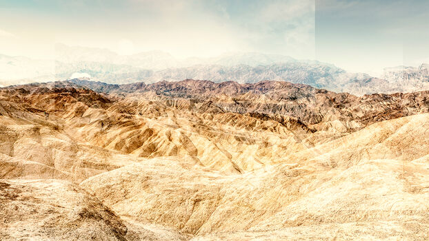 Photo ZABRISKIE POINT - CRUMBLING LAND - Laurent Dequick