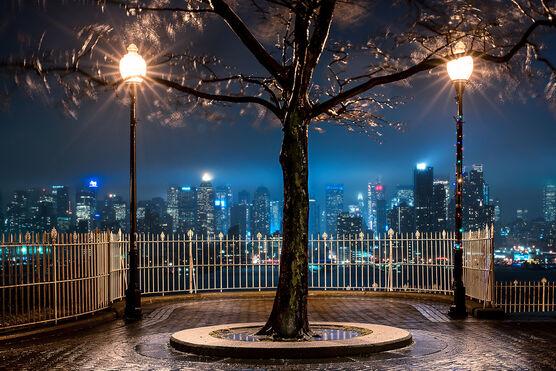 Photo THUNDERSTORM NIGHT   NEW YORK CITY - Bernhard Hartmann