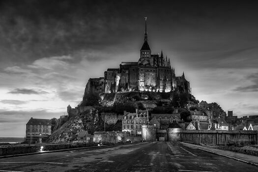 Photo LE MONT SAINT MICHEL BY NIGHT - Serge Ramelli
