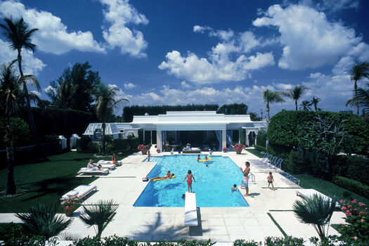 Photo Pool In Palm Beach - Slim Aarons