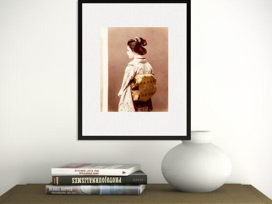 Photo Portrait d'une geisha, vers 1880 - PHOTOGRAPHE ANONYME