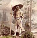 Photo PÈLERIN SE RENDANT AU MONT FUJI, VERS 1885 - Kusakabe Kimbei