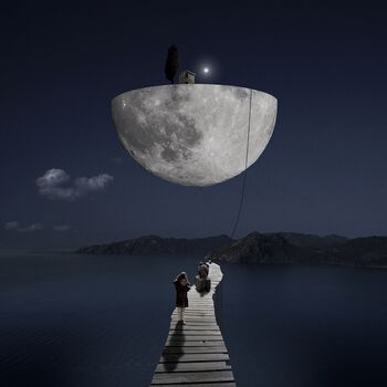 Photo The Dark Side of the Moon - Alastair Magnaldo