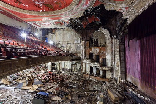 Photo PARAMOUNT THEATRE - Matt  Lambros