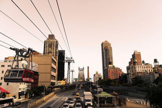 Photo Roosevelt Island Tramway - Ludwig Favre