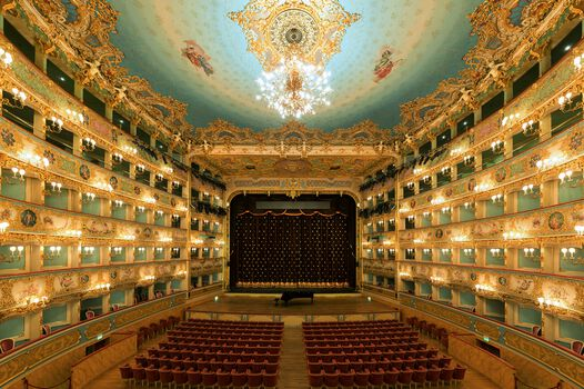 Photo Teatro la Fenice Stage - Bernhard Hartmann