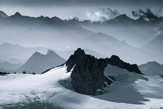 Photo Mountains of Mist - Jakub Polomski