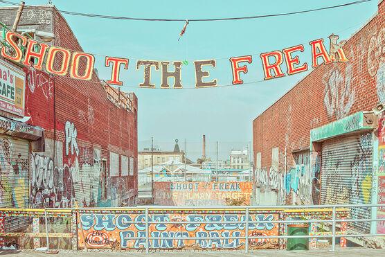 Photo SHOOT THE FREAK CONEY ISLAND - Franck Bohbot