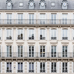 THOSE PARISIAN SQUARES
