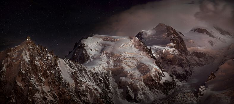 Photo Nocturne au massif du Mont-Blanc - Alexandre Deschaumes