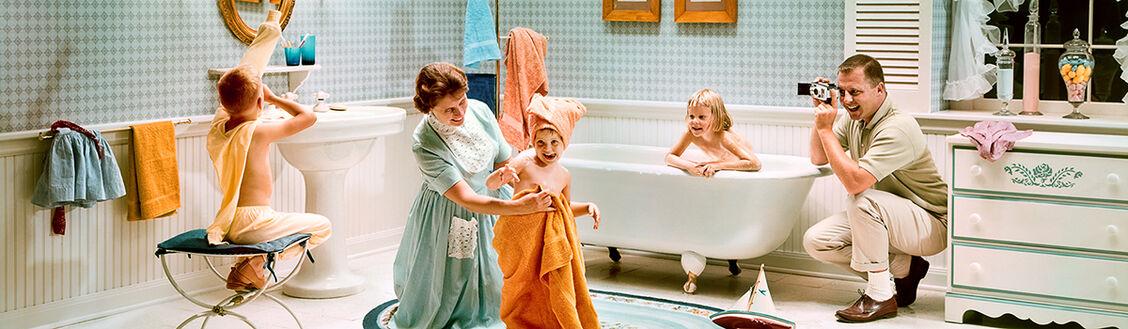 SATURDAY NIGHT BATH 1964