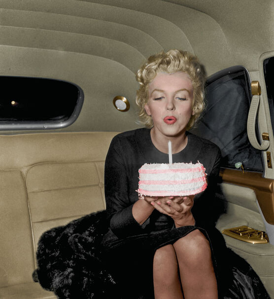 Photo MARILYN MONROE HAPPY BIRTHDAY - Marie-Lou Chatel