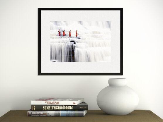 Photo Monks in Waterfalls - Dang Ngo