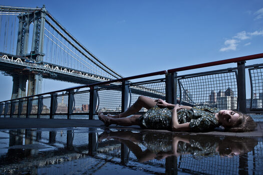 Photo Irina manhattan bridge - Formento+Formento