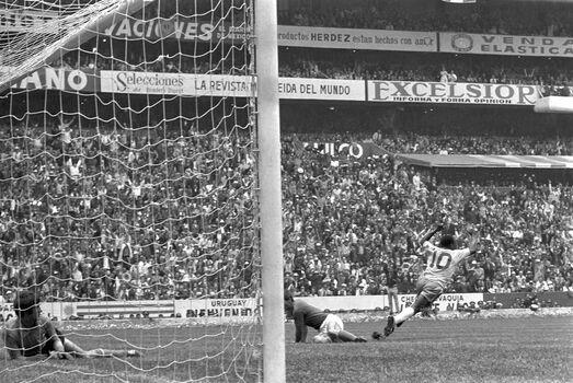 Photo Finale de la Coupe du Monde,1970 - SPORTS PRESSE