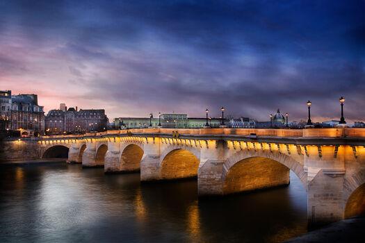 Photo Le pont neuf by night - Serge Ramelli