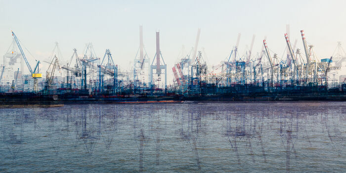 Photo Hamburg container terminal - Laurent Dequick
