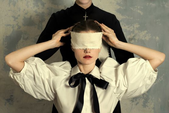 Photo BLINDNESS - Romina Ressia
