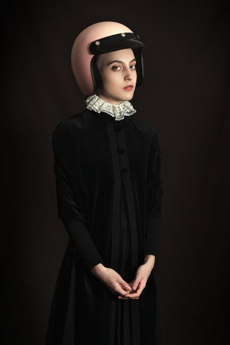 Photo PINK HELMET - Romina Ressia