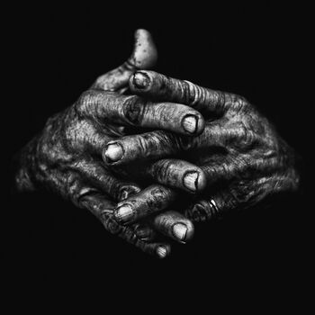 Photo Hands I - Lee Jeffries
