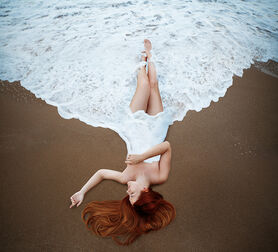 Photo EMBRACE THE ENDLESS OCEAN - Maryna Khomenko