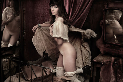 Photo CELINE EN BEIGE - Martial Lenoir