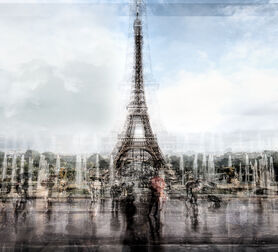 Photo EIFFEL TOWER IN THE RAIN - Guadalupe Laiz