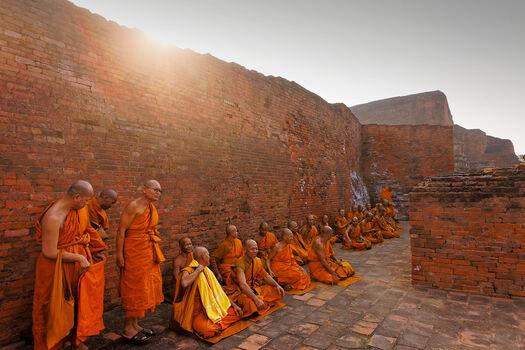 Photo Moines Bouddhistes Nalanda Inde - Matthieu Ricard