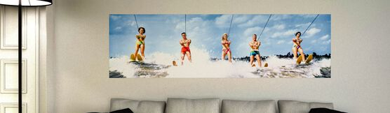 Photo WATER SKIERS 1968 - Colorama